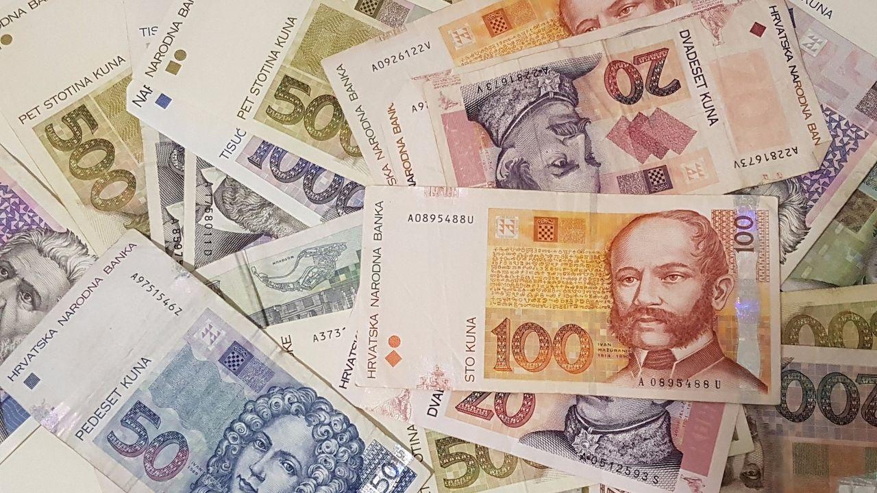 Hrvatska firma nagrađuje: Tko preporuči dobrog i vrijednog radnika dobiva 10.000 kuna