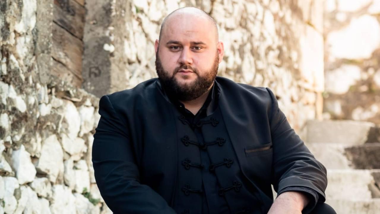 Glazbene note s Neretve: Pjevač Branko Medak nastupima osvaja publiku